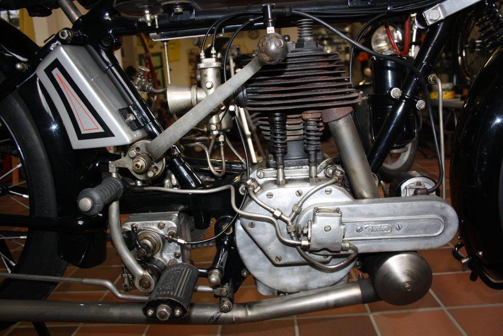 Norton 16H sport 1925 (detail)