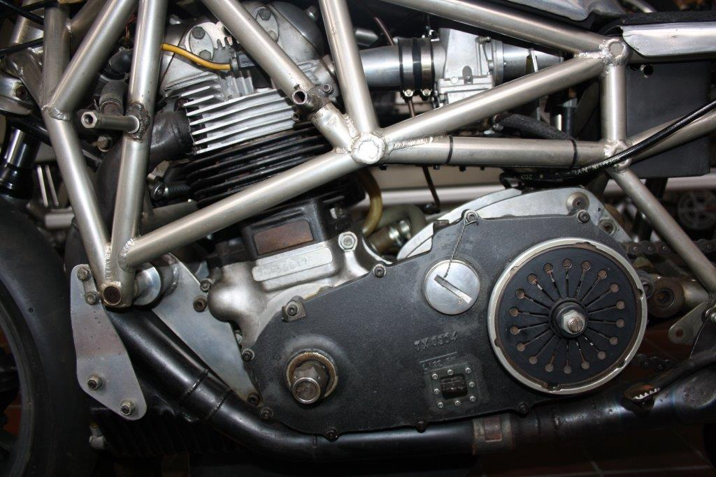 Norton fabrieksracer spaceframe 1974 (detail2)